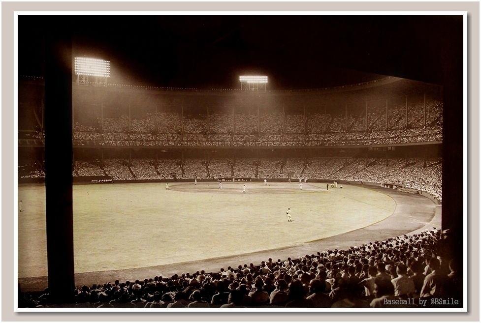 Szene vom ersten Nachtspiel in Cleveland, 27. Juni 1939.